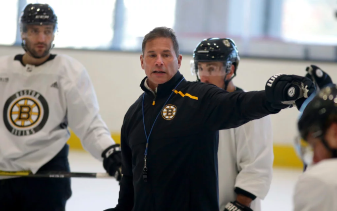 Why NHL coaches are eager to give back and share their experiences