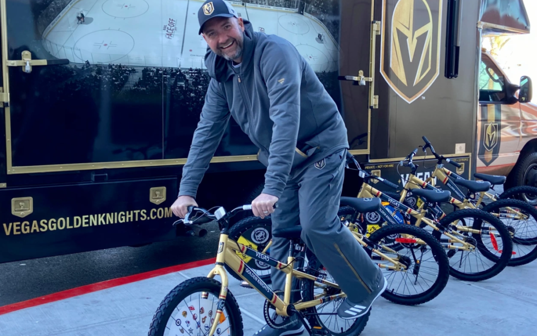 Golden Knights players, coach give back to community during holiday season